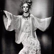 nicole_kidman_in_a_jean_paul_gaultier_couture_new